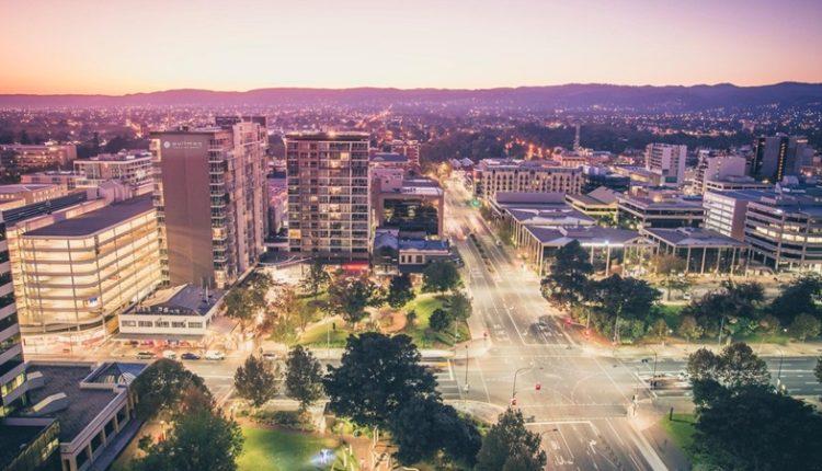 Adelaide về đêm